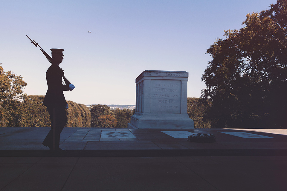 washington d.c. - arlington national cemetery, tomb of the unknowns
